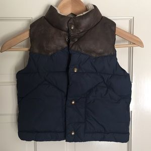 Boys Gap shearling boys puffer vest like new